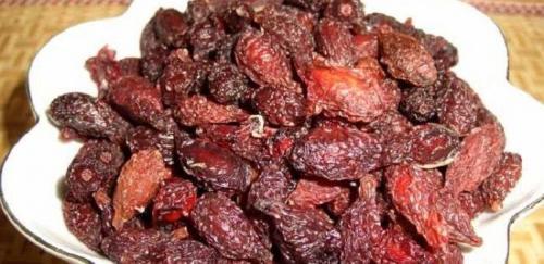 Кизил ягоды полезные свойства. Полезные свойства ягод кизила